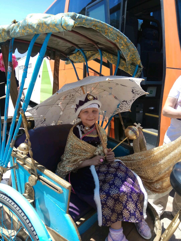 איליה, בת 6 - חלמה להיות מלכה ליום אחד