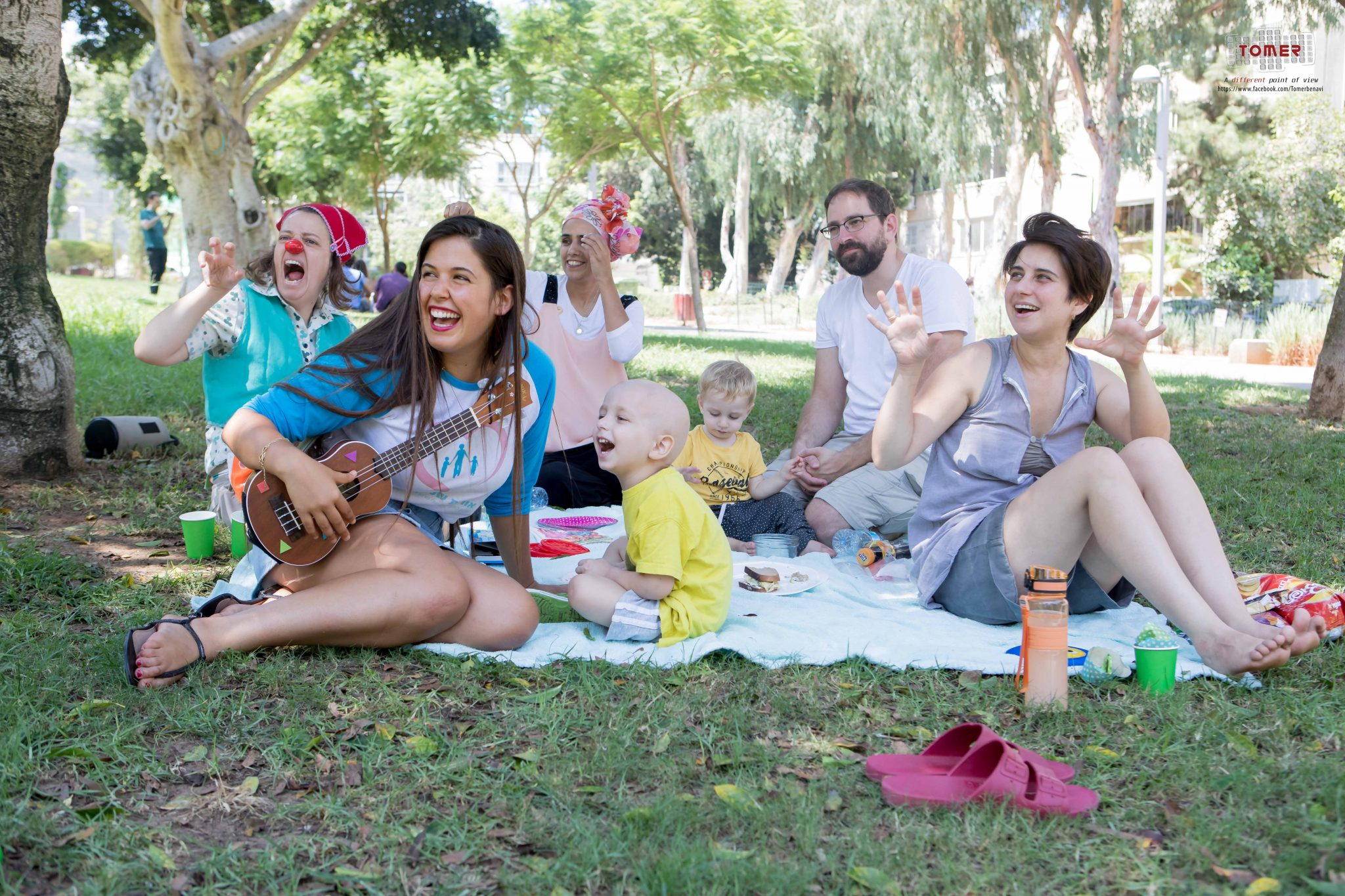 Nadav, 4 — picnicking with clowns